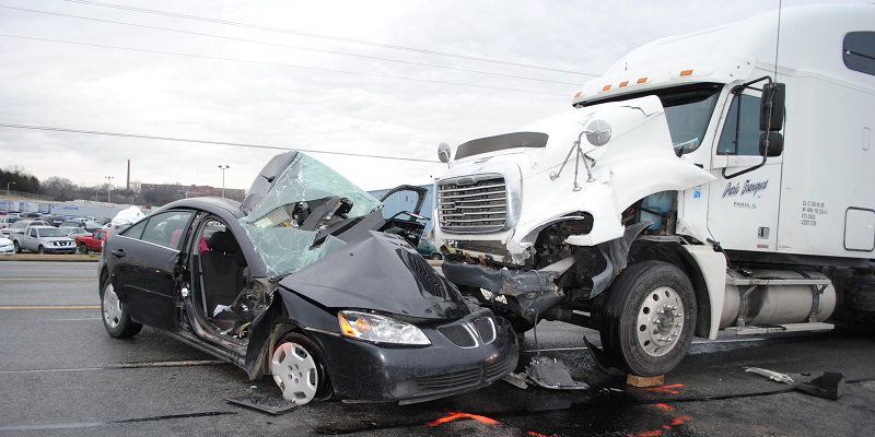 5 Smart Steps To Take After A Truck Accident | Tc Magazine